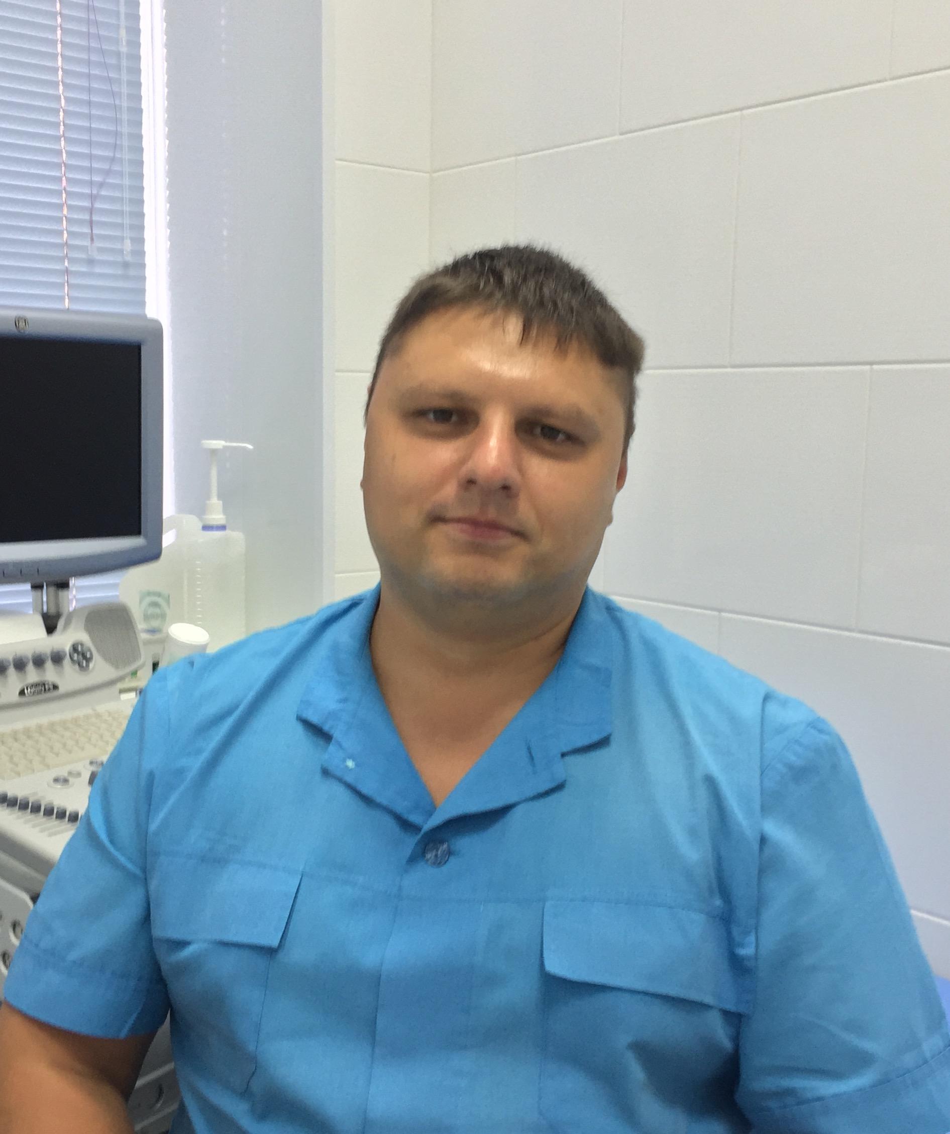 Крячков Алексей Васильевич – врач-невролог